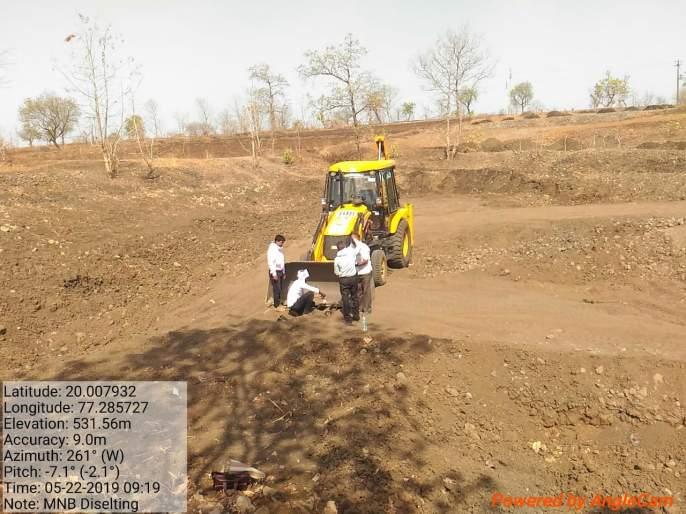 Water conservation work under Sujalam-Sufalam campaing | सुजलाम, सुफलाम अंतर्गत जलयुक्त शिवारची कामे