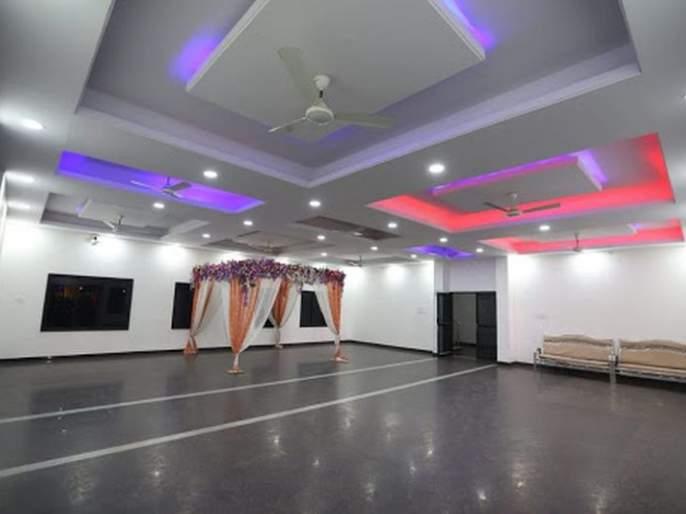 Preparations to take possession of wedding halls, clubs for patients   रुग्णांसाठी मंगलकार्यालये, क्लब ताब्यात घेण्याची तयारी