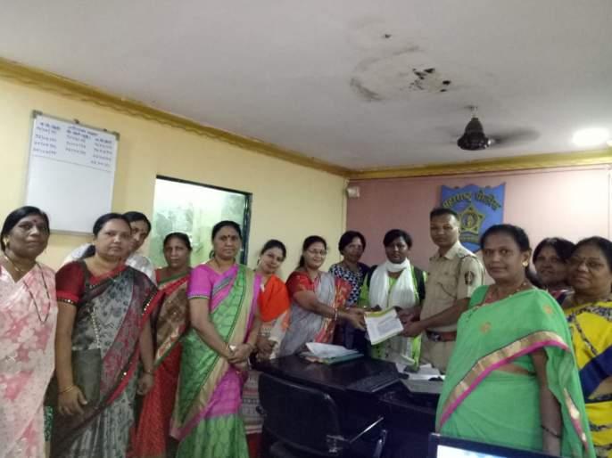 Sexual Harassment cases against tribal minor girls; Women Mandal's Police Request   आदिवासी अल्पवयीन मुलींवर लैंगिक अत्याचार प्रकरण; महिला मंडळाचे पोलिसांना निवेदन