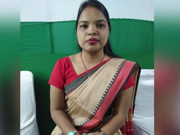 chandrani murmu youngest lok sabha mp of india bjd odisha | नोकरी शोधता शोधता 'ती' खासदार झाली, पटकावला तरुण खासदाराचा मान
