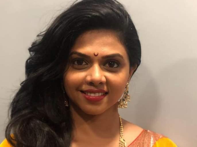 The Marathi actress has won the Indian Book of Records | इंडियन बुक ऑफ रेकॉर्डसमध्ये येण्याचा मान पटकावला या मराठमोळ्या अभिनेत्रीने