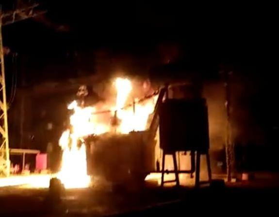 A fire in Ahmednagar High Voltage Substation   अहमदनगर येथील महापारेषणच्याहाय व्होल्टेज सबस्टेशनला आग