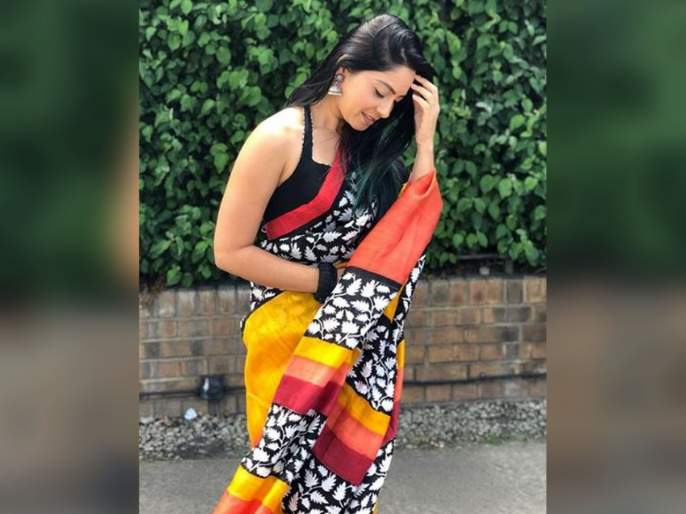 sonalee kulkarni looks beautiful in saree   साडीत खुललं सोनालीचं सौंदर्य, फॅन्स म्हणाले- परी म्हणून की अप्सरा