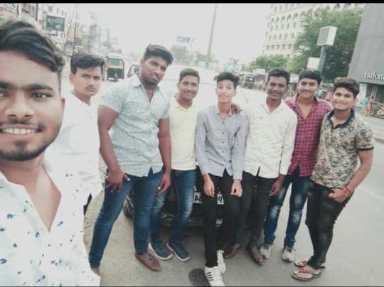 Pune Accident: friendship from first standard will end in road accident at pune | Pune Accident : पहिलीपासूनची मैत्री काळानेच नेली हिरावून