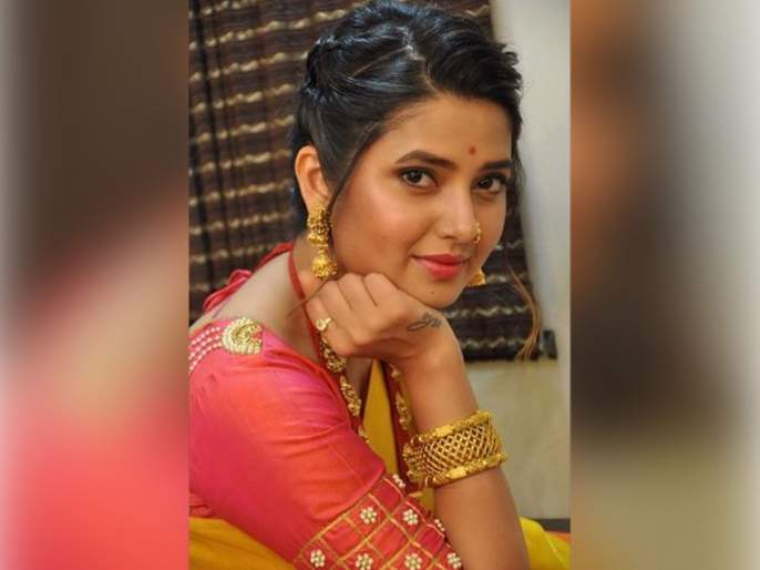 Prajakta mali look stunning in saree   प्राजक्ताचा साडीतला फोटो पाहून फॅन्स झाले क्रेझी, म्हणाले लईच भारी