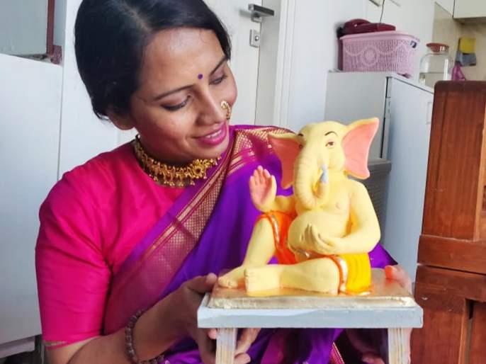 Smita tambe made eco friendly ganesh murti | अभिनेत्री स्मिता तांबेची अशी ही बाप्पा भक्ती, पाहा तिचा हा 'ट्रि-गणेशा'!