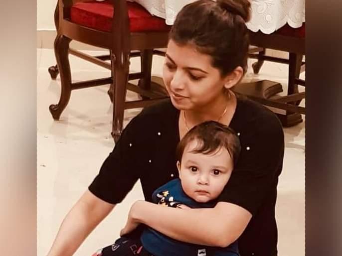 Shreyas talpade share picture with his daughter on daughter day | तैमूर, अबरामला विसरा या मराठमोळ्या अभिनेत्याच्या मुलीचे फोटो एकदा पाहा!