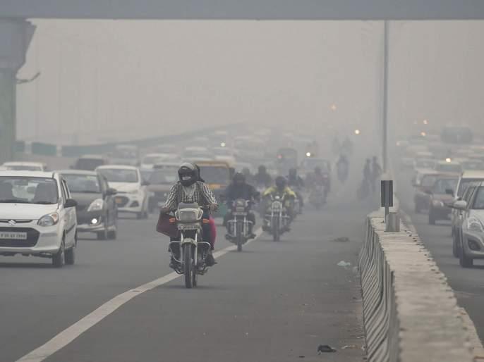 delhi ncr as air quality touches 301 on aqi plunges into very poor category | दिल्ली-एनसीआरमधील हवेची गुणवत्ता खालावली