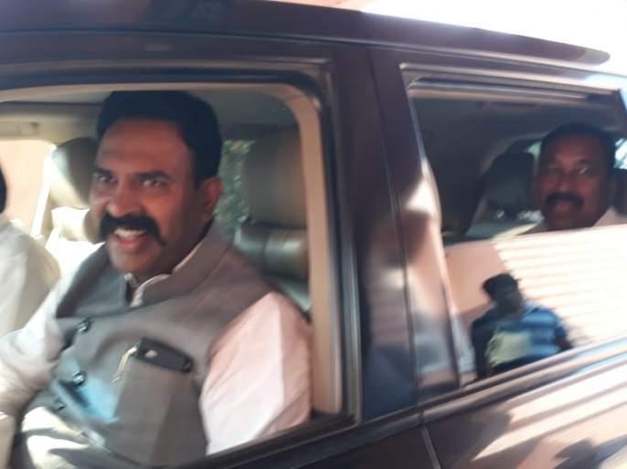 Maharashtra election 2019: NCP's 9 MLAs in our contact; BJP leader reveals on maharashtra Government formation | महाराष्ट्र निवडणूक 2019: राष्ट्रवादीचे 9 आमदार आमच्या संपर्कात; भाजप नेत्याचा मोठा गौप्यस्फोट