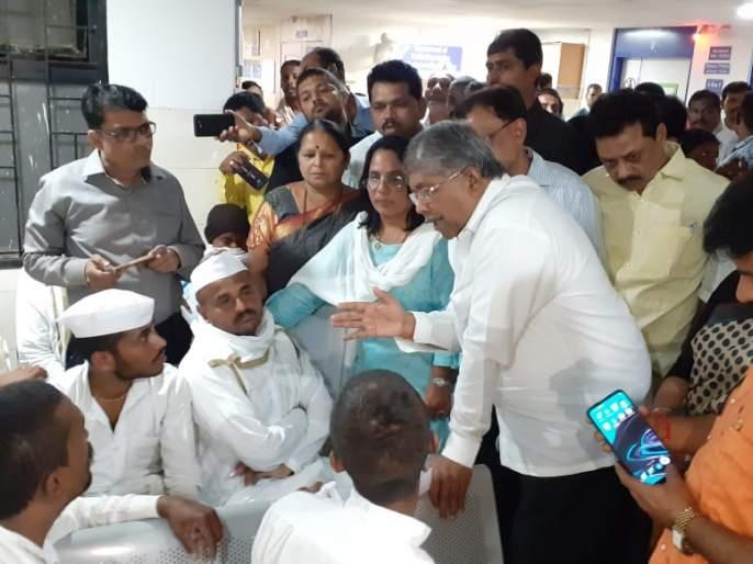BJP to help for relative, who died in Accident in Pune | वारकरी अपघातात मृत्युमुखी पडलेल्या मृतांच्या वारसांना भाजपातर्फे ५ लाखांची मदत
