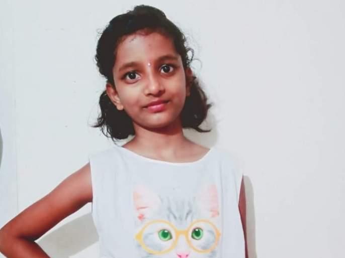 Aggression resident due to girl's death at tilak nagar police station; Filed case against developer   मुलीच्या मृत्यूमुळे रहिवाशी आक्रमक; विकासकाविरुद्ध गुन्हा दाखल