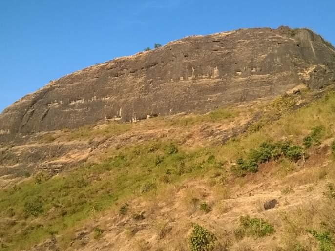 Mumbai girl died after fall down from Hadsar fort on Shiv Jayanti Day | शिवजयंतीदिवशी हडसर किल्ल्यावरून पडून मुंबईच्या तरुणीचा मृत्यू