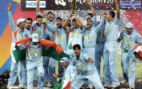 coronavirus: jogindar sharma awear people about corona virus BKP | coronavirus : भारताला वर्ल्डकप जिंकून देणारा क्रिकेटपटू कोरोनाविरोधात करतोय जनजागृती