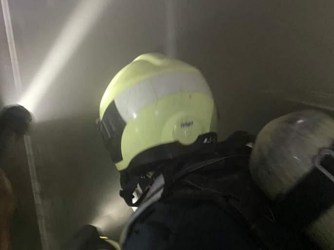 A fire at forth floor caused by a short circuit in the mantralaya pda | मंत्रालयात चौथ्या मजल्यावरशॉर्टसर्किटमुळे लागली आग