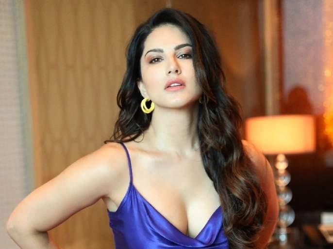 Sunny Leone makes a sensational revelation during the shooting of an intimate scene   बॉलिवूडमधील इंटिमेट सीनच्या शूटिंग दरम्यानचा बेबी डॉल सनी लिओनीने केला खळबळजनक खुलासा