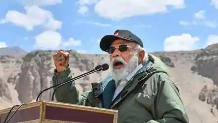 India China FaceOff: Prime Minister Modi's visit to Leh is heroic; The mourning is over! | India China FaceOff: पंतप्रधान मोदींच्या लेह दौऱ्याने वीररस; शोकमग्नता संपली!