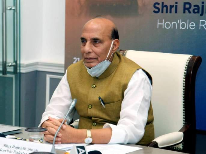 Make in India Gets Big Push Rajnath Singh Announces Import Embargo 101 Weapon Systems   आत्मनिर्भर भारत! 101 संरक्षण उत्पादनांवर आयात बंदी; राजनाथ सिंहांची मोठी घोषणा