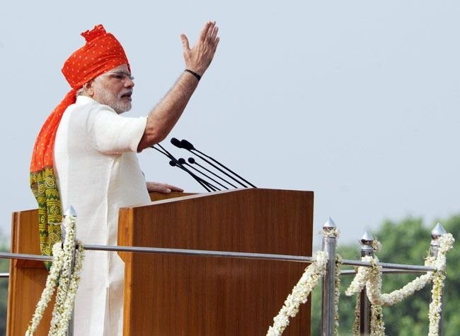 Independence Day 2020: This year's Independence Day will be special for Modi, a new record will be set when the tricolor is hoisted on the Red Fort | यंदाचा स्वातंत्र्य दिन मोदींसाठी ठरणार खास, लाल किल्ल्यावर तिरंगा फडकवल्यावर बनेल नवा रेकॉर्ड
