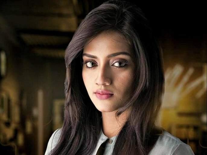 nusrat jahan seeks kolkata police help after dating app uses her pic without consent | खासदार नुसरत जहाँ यांनी पोलिसांकडे मागितली मदत, म्हणाल्या...