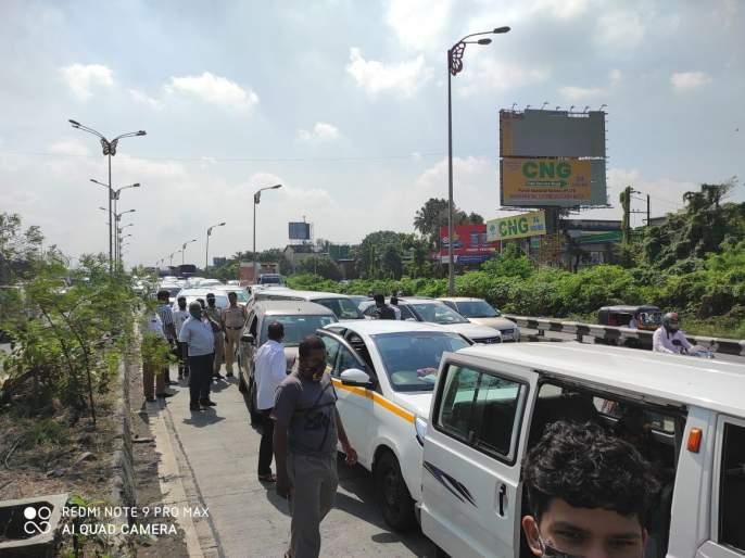 Bizarre accident on Kalamboli flyover; 25 cars collided simultaneously | न भूतो! कळंबोली उड्डाणपुलावर विचित्र अपघात; एकाचवेळी 25 गाड्या आदळल्या