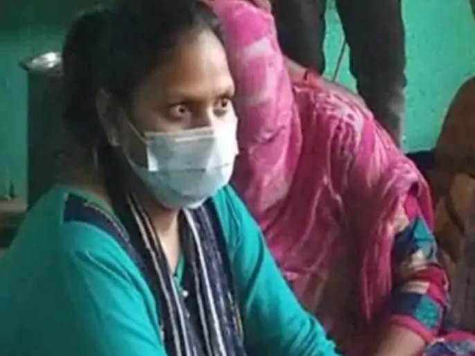 Hathras Gangrape : The police came forward to give me evidence of how mentioned me as Naxal | Hathras Gangrape : मला नक्षलकसंबोललात पुरावे द्यावेत पोलिसांनी, समोर आली संशयित महिला