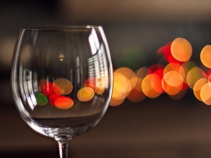 14 killed by drinking poisonous liquor in mps ujjain 10 accused arrested   धक्कादायक! विषारी दारूने घेतला 14 जणांचा बळी; 10 जणांना अटक