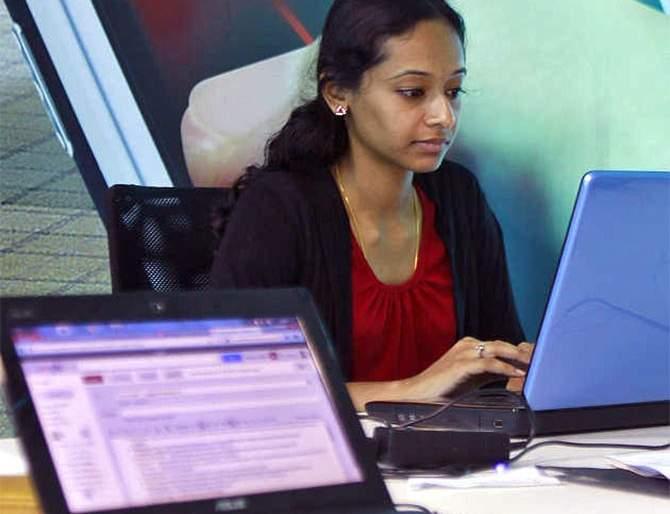 Women's jobs at MSME startups at risk. 31% staff cuts in establishments | एमएसएमई स्टार्टअपमध्ये महिलांची नोकरी धोक्यात. ३१ टक्के आस्थापनांमध्ये कर्मचारी कपात