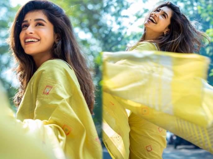 Actress Sanskriti balgude did a photoshoot in her mother's saree   आईच्या साडीत मराठमोळी अभिनेत्री संस्कृती बालगुडेने केलं खास फोटोशूट, म्हणाली- ही तीचं प्रेम असावं..!!