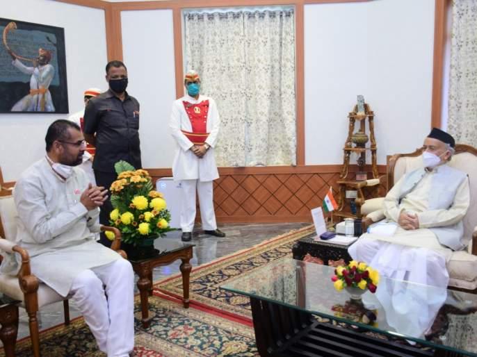 "the names of 12 members appointed by the governor have been suggested by sadabhau khot | ""मकरंद अनासपुरे, इंदोरीकरांसह 'या' बारा जणांना आमदार करा"", सदाभाऊ खोतांनी सुचवली नावे"