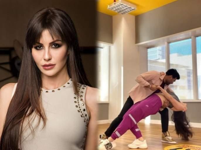 Arbaaz khan girlfriend giorgia adriani dances on husn hai suhana song from coolie no 1 | अरबाज खानची गर्लफ्रेंड जॉर्जियाने केला 'हुस्न है सुहाना' गाण्यावर धमाकेदार डान्स. VIDEO व्हायरल