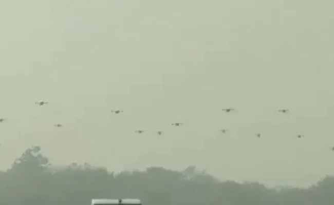 Army Day parade 2021: For the first time, the Indian Army has demonstrated the power of drones | ड्रोनपर्व! भारतीयलष्कराने प्रथमच दाखवली ड्रोनशक्ती, चीन-पाकिस्तानची उडणार दाणादाण