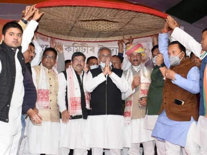 Maharashtra Formula to stop BJP, Congress formed a grand alliance with five parties in Assam | भाजपाला रोखण्यासाठी महाराष्ट्र फॉर्म्युला, काँग्रेसने या राज्यात पाच पक्षांसोबत केली महाआघाडी