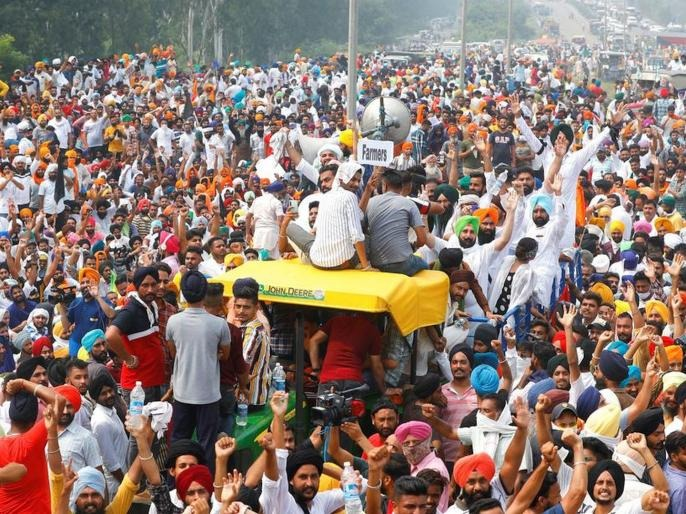 """amarinder singh big announcement will give government job to family of those who died in farmer agitation   Farmers Protests : """"आंदोलनात मृत्यू झालेल्या शेतकऱ्यांच्या कुटुंबीयांना 5 लाखांची मदत आणि सरकारी नोकरी"""""""