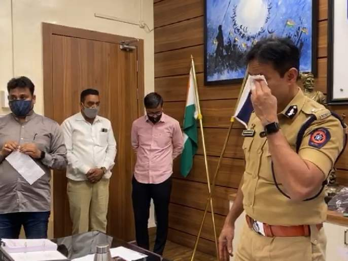 And 'Ironman' Krishna Prakash was in tears | अन् 'आयर्नमॅन' कृष्ण प्रकाश यांना अश्रू झाले अनावर