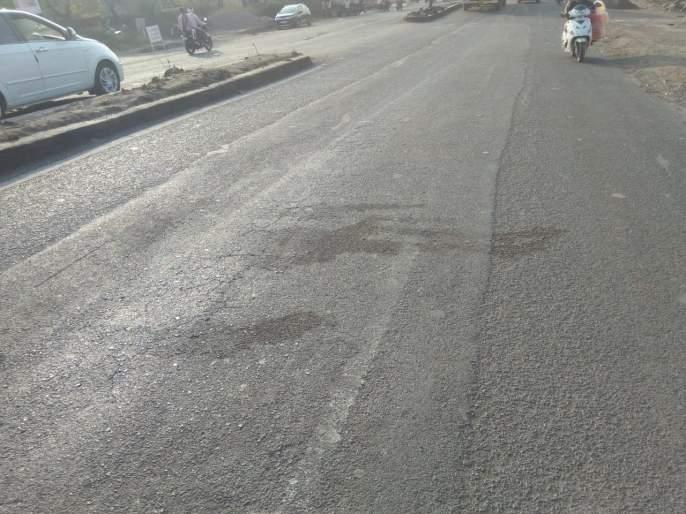 Horrific accident on Beed bypass; The truck crushed the two-wheeler siblings | बीड बायपासवर भीषण अपघात; भरधाव ट्रकने दुचाकीस्वार भावंडांना चिरडले