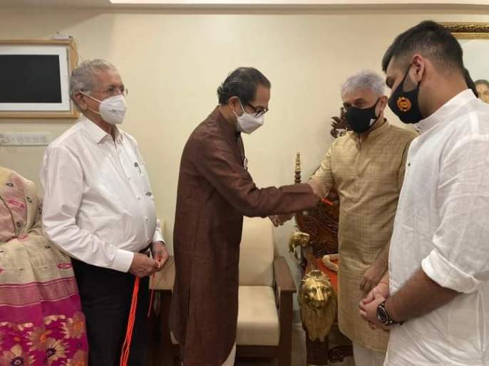 Big blow to BJP in Mumbai, Samir Desai tied Shivbandhan in the hands of Uddhav Thackeray | मुंबईत भाजपाला मोठा धक्का, बड्या नेत्याने उद्धव ठाकरेंच्या हस्ते हाती बांधले शिवबंधन