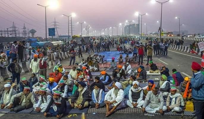 The new center of the movement is the Ghazipur border | आंदोलनाचे नवे केंद्र गाझीपूर सीमा, शेतकऱ्यांची संख्या चारपट; ५० हजार जण जमले