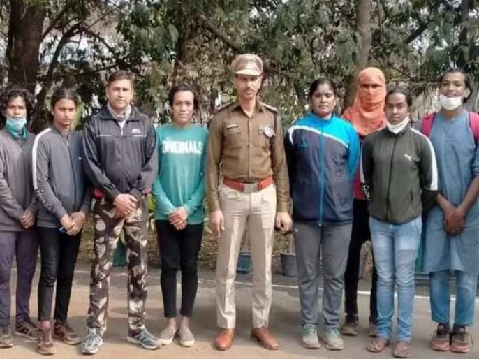 13 transgender hire as constables; Innovative step of equality by Chhattisgarh Police | १३ तृतीयपंथी बनले कॉन्स्टेबल; छत्तीसगड पोलिसांकडून समानतेचं अभिनव पाऊल