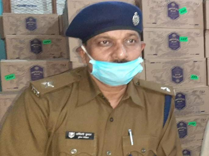 kishanganj inspector ashwini kumar beaten to death in west bengal | भयंकर! छापेमारीसाठी गेलेल्या पोलीस अधिकाऱ्याला जमावानं घेरलं; बेदम मारहाण करत केली हत्या