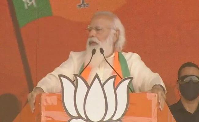"coronavirus: ""Modi is the most irresponsible and carefree Prime Minister of the country in 70 years"", Nana Patole Criticize PM Narendra Modi   coronavirus: ""मोदी हे ७० वर्षात देशाला लाभलेले अत्यंत बेजबाबदार व बेफिकीर पंतप्रधान"""