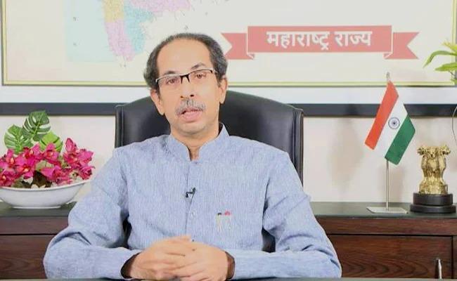 "coronavirus: ""CM's FB live means 'Confusion & confusion, solution is not known',"" Atul Bhatkhalkar Criticize CM Uddhav Thackeray | Maharashtra Lockdown : ""मुख्यमंत्र्यांचं FB live म्हणजे 'कन्फ्यूजन ही कन्फ्यूजन है सोल्युशन का पता नही',"""