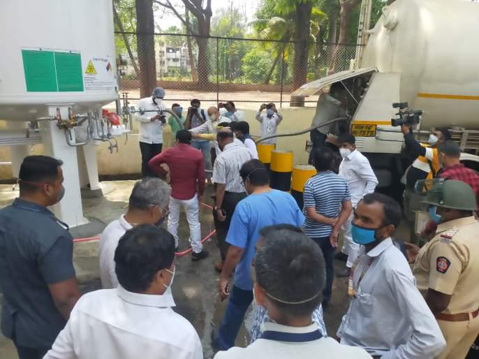Nashik Oxygen Leakage: Expressing grief over the accident in Nashik, Aditya Thackeray made a big announcement | Nashik Oxygen Leakage : नाशिकमधील दुर्घटनेबाबत दु:ख व्यक्त करत आदित्य ठाकरे यांनी केली मोठी घोषणा