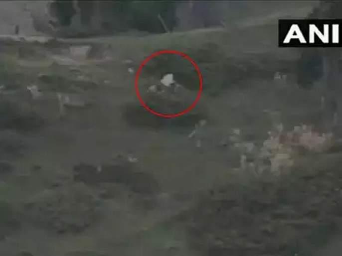 Video: Pakistan Army raises white flag at LoC to recover bodies of its Punjabi soldiers killed by Indian Army | Video: पाकिस्ताननं LoC वर फडकवलं पांढरं निशाण; भारतीय लष्करानं जिंकली मनं
