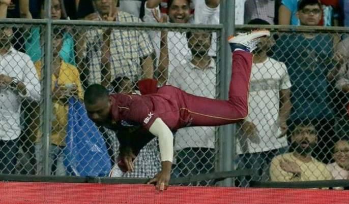 India vs West Indies: West Indies big shock; Evin Lewis is flown straight to the hospital for serious injuries | India vs West Indies : वेस्ट इंडिजला मोठा धक्का; गंभीर दुखापतीमुळे लुईस थेट हॉस्पिटलमध्ये दाखल