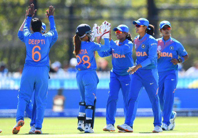 ICC Women's T20 World Cup: India need 114 runs to win against sri lanka   ICC Women's T20 World Cup: भारताला श्रीलंकेविरुद्ध विजयासाठी ११४ धावांची गरज