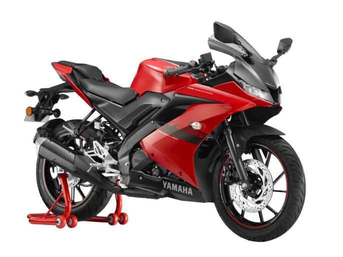 Yamaha YZF-R15 launched in new red; Know the price, Bajaj Pulsar RS200 will give a bump | Yamaha YZF-R15 नव्या लाल रंगात लाँच; जाणून घ्या किंमत, Bajaj Pulsar RS200 ला देणार टक्कर