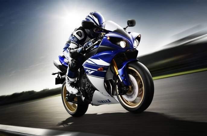 An expensive sports bike to steal for this reason. | 'या' कारणासाठी तो चोरायचा महागड्या स्पोर्ट बाईक ..