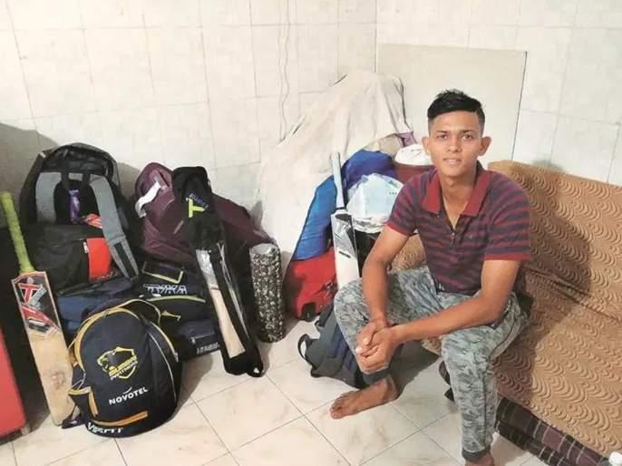 Inspiring journey of Mumbai cricketer; Lived in a tent, sold pani puri, now Yashasvi Jaiswal score double century | 'तो' तंबूत राहिला, पाणीपुरी विकली अन् आता डबल सेन्च्युरी ठोकली; 'यशस्वी' प्रवासाची गोष्ट