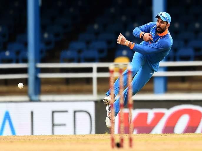 Yuvraj Singh mulls retirement, may seek BCCI permission to compete in private T20 leagues   'सिक्सर किंग' युवराज सिंग निवृत्तीच्या तयारीत, BCCI समोर ठेवली ही अट!