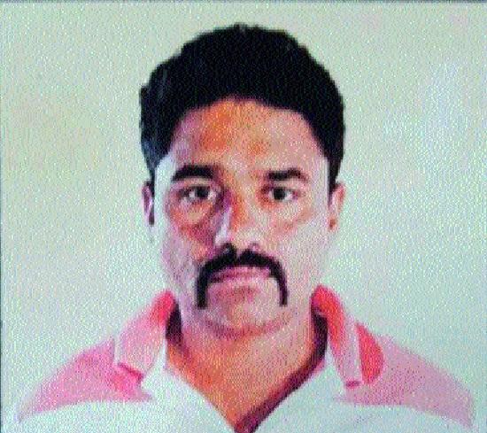 CID proceedings against Kamte: Aniket Kothale, Amol Bhandare's escape | कामटेविरुद्ध स्वतंत्र गुन्हा सीआयडीची फिर्याद : अनिकेत कोथळे, अमोल भंडारे यांच्या पलायनाचा बनाव अंगलट